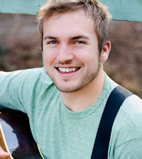 Hart of Dixe Guest Star Logan Mize