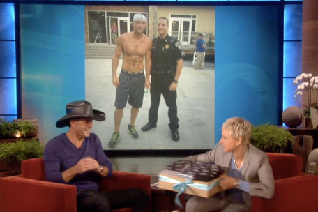 Tim McGraw, 'Ellen' Interview: Singer Goes Commando & Talks