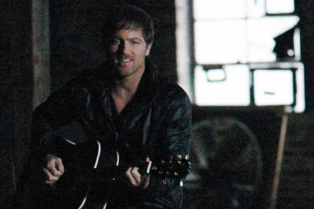Kip Moore Hey Pretty Girl Video
