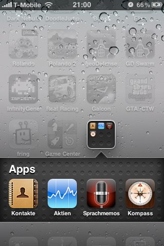 Expanded folder (with four apps)