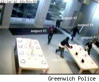 Five men rob Apple Store in Greenwich, CT