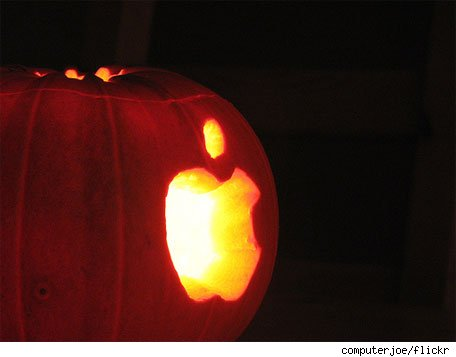applehalloween102811.jpg