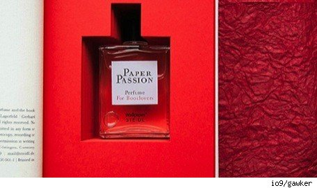 No comment Paper Passion perfume for ebooklovers