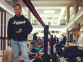 @TwinCitiesAP: And then the line behind us...#applestore #iphone5 #iphone5launch #waiting