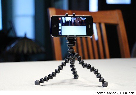 Photojojo's Telephoto Lens for iPhone 5 and Joby GripTight GorillaPod Review and giveaway
