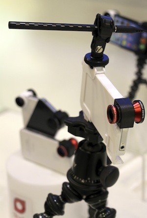 Olloclip shows off upcoming case at MacworldiWorld 2013