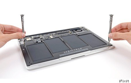 iFixit breaks down the MacBook Air 13″ Mid 2013