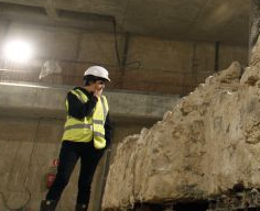 Crew building Apple Store discover 15th century hospital
