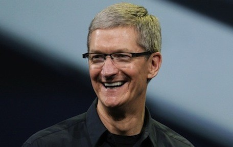 Tim Cook joins Twitter