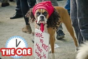 antoine dogson with hide yo kids hide yo wife sign