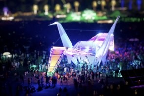 coachella giant paper crane looks miniature in coacheletta tiltshift video