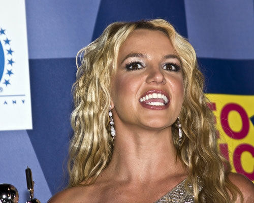 britney spears is one of several celebs to lose control over their financial affairs