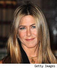 Jennifer Aniston May Play Adam Sandler's 'Pretend Wife'