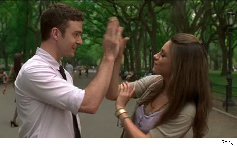 Justin timberlake amp mila kunis sex scene on friends with benifits - 2 6