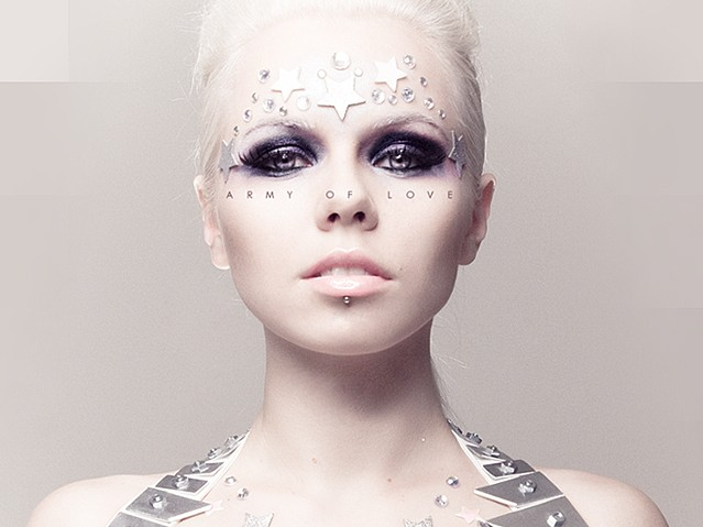 Who is kerli dating