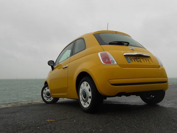 road test fiat 500 colour therapy aol cars uk. Black Bedroom Furniture Sets. Home Design Ideas