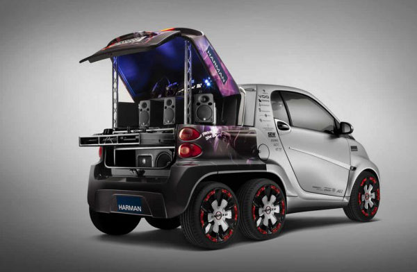 dock go der smart fortwo ed bekommt einen marketingrucksack mit extraachse engadget deutschland. Black Bedroom Furniture Sets. Home Design Ideas