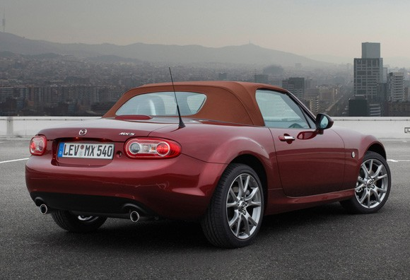 el pr ximo mazda mx 5 podr a tener una versi n di sel foro del club mazda mx 5 de espa a. Black Bedroom Furniture Sets. Home Design Ideas