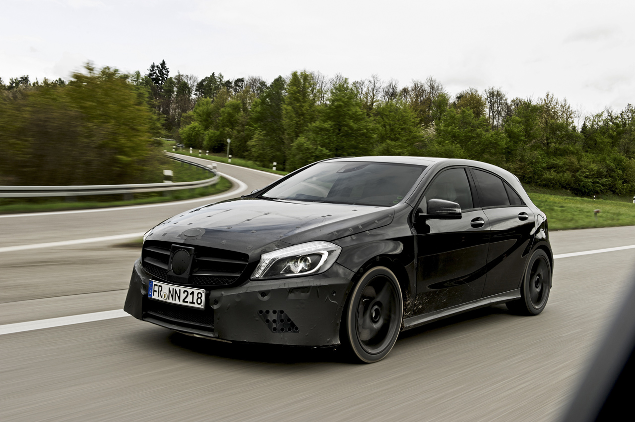 mercedes classe a 45 amg prend garde toi rs3 autoblog fr. Black Bedroom Furniture Sets. Home Design Ideas