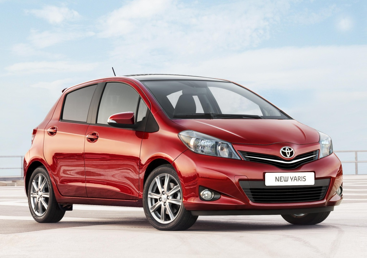 2012 toyota yaris priced from 14 115 autoblog. Black Bedroom Furniture Sets. Home Design Ideas