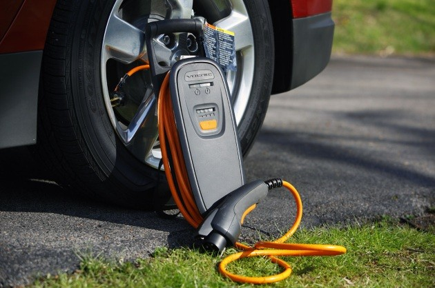 Does Your Evse Look Like This One These Were Recalled If I Remember Right 2017 Chevrolet Volt