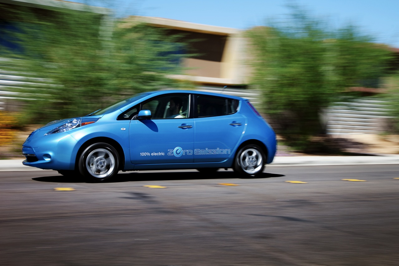 chevy volt owners drive more ev miles than leaf owners html autos post. Black Bedroom Furniture Sets. Home Design Ideas