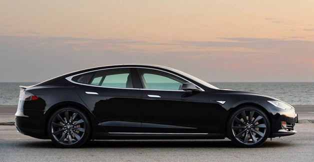 tesla adds replacement battery pack costs to price increase. Black Bedroom Furniture Sets. Home Design Ideas