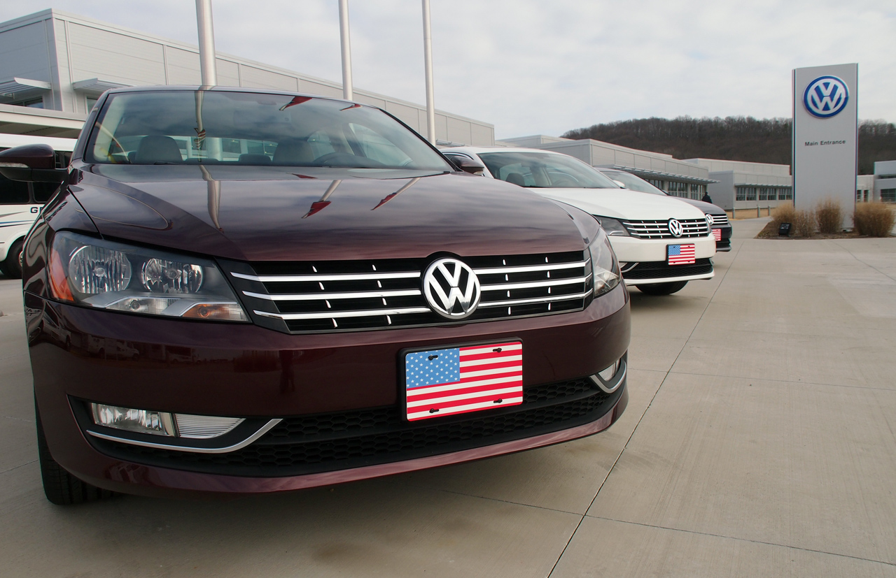 vw starts up largest solar park at us auto factory in chattanooga tn autoblog. Black Bedroom Furniture Sets. Home Design Ideas