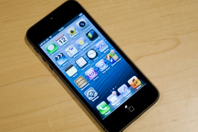 The cheapest way to get the iPhone 5 - AOL UK Money