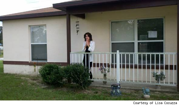 Lisa Cocuzza buying foreclosure