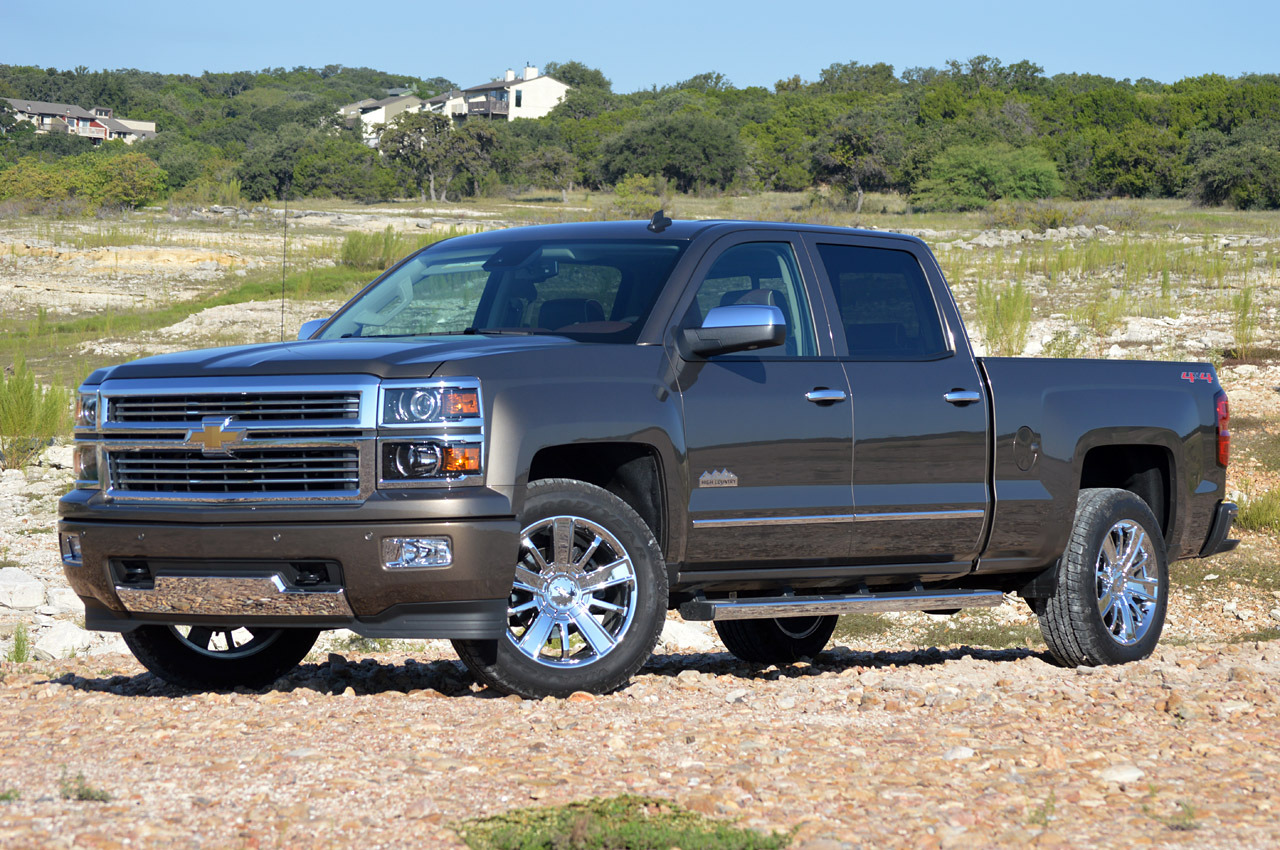 2014 chevrolet silverado high country first drive photo gallery autoblog. Black Bedroom Furniture Sets. Home Design Ideas