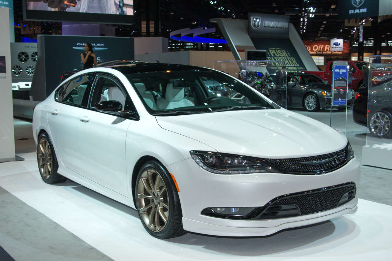 Mopar Modified Chrysler 200 Reappears In Chicago Autoblog