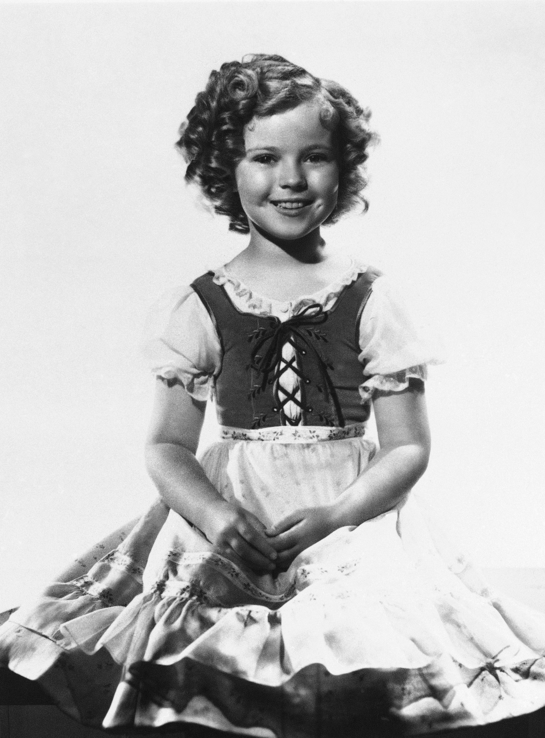 shirley temple iconic child star dies at 85