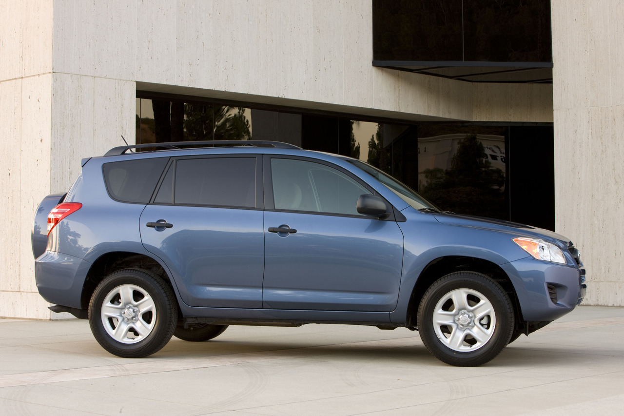 Toyota Certified Pre-Owned >> 2012 Toyota RAV4 Photo Gallery - Autoblog