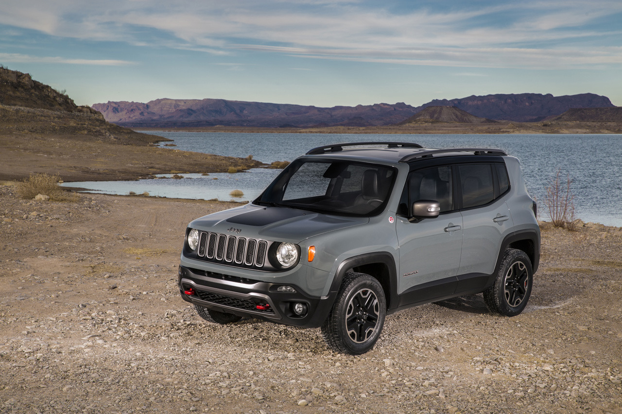 2015 jeep renegade trailhawk photo gallery autoblog. Black Bedroom Furniture Sets. Home Design Ideas