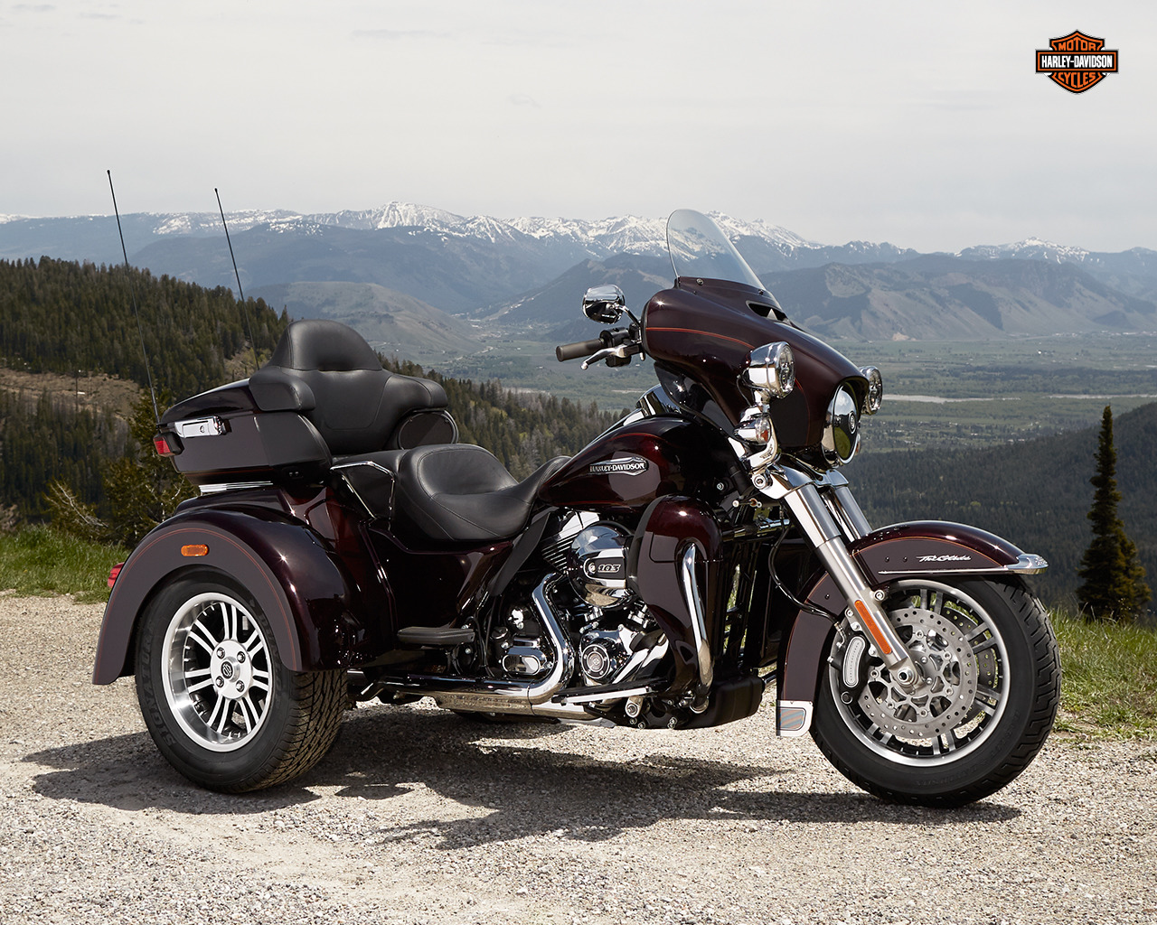 Tri Glide Wallpaper: Harley-Davidson Tri Glide Ultra Photo Gallery