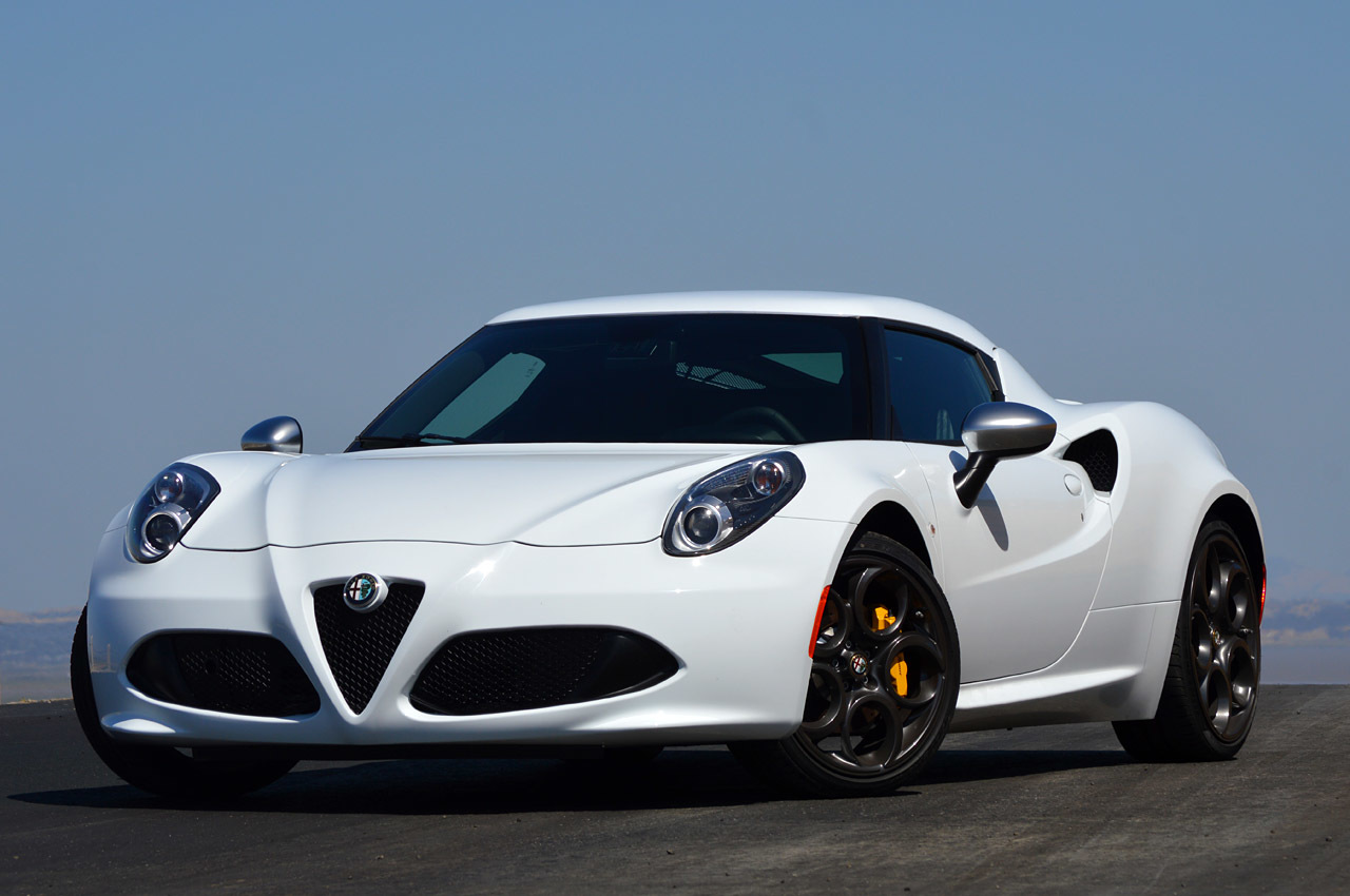 2015 alfa romeo 4c first drive photo gallery autoblog. Black Bedroom Furniture Sets. Home Design Ideas