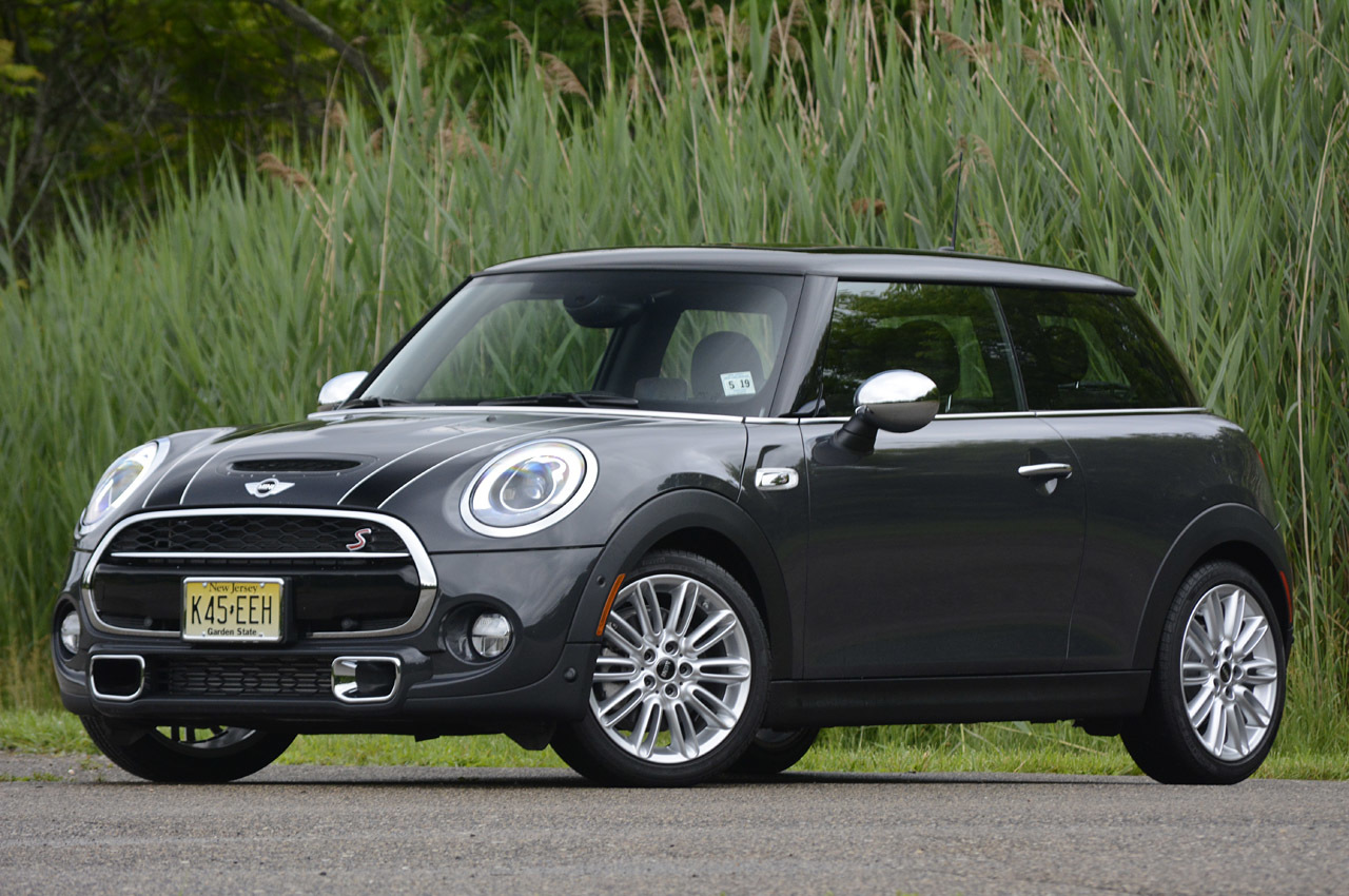 2014 Mini Cooper S: Review Photo Gallery