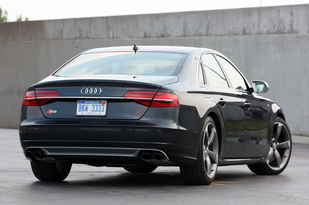Audi Certified Pre Owned >> 2015 Audi S8: Quick Spin Photo Gallery - Autoblog