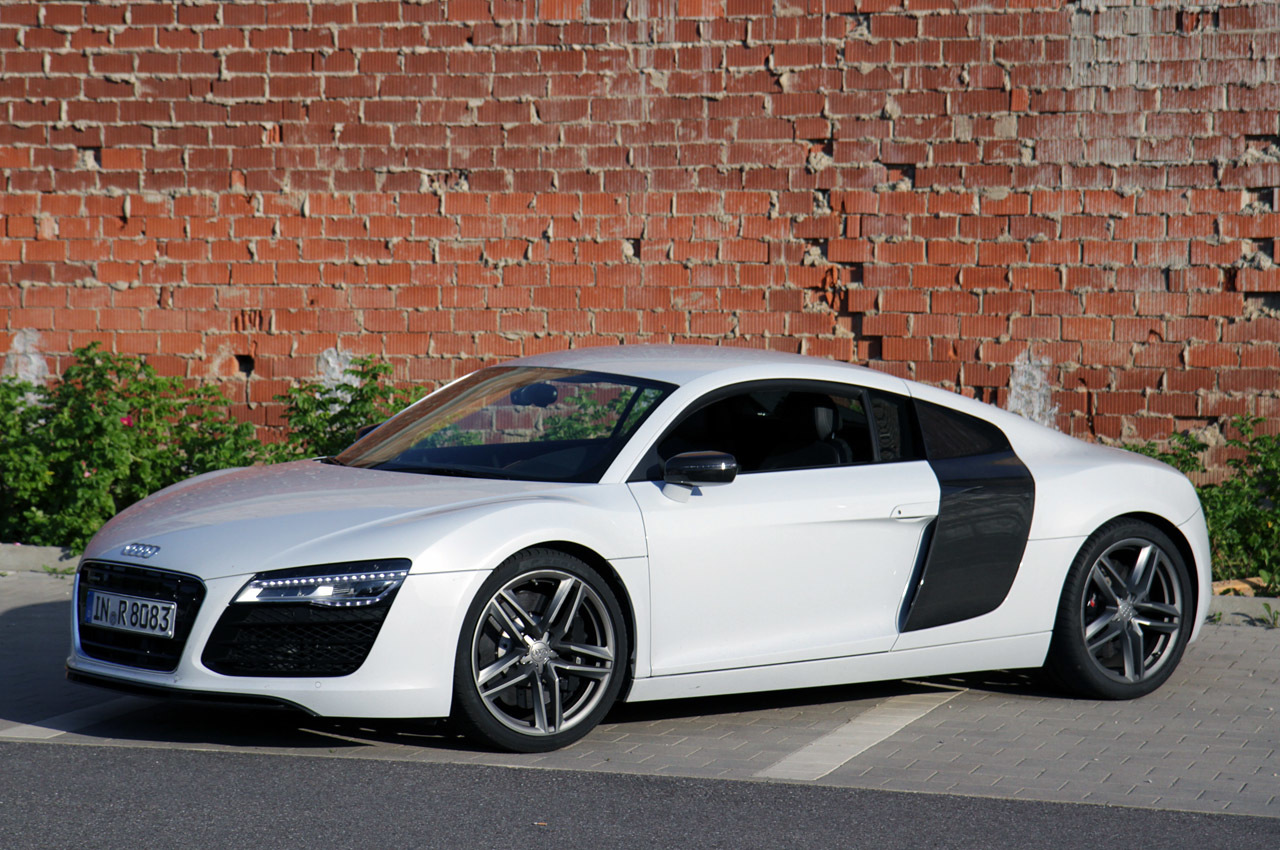 2014 audi r8 v8 review photo gallery autoblog. Black Bedroom Furniture Sets. Home Design Ideas