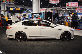kia k900 with 650 hp debuts at sema autoblog. Black Bedroom Furniture Sets. Home Design Ideas