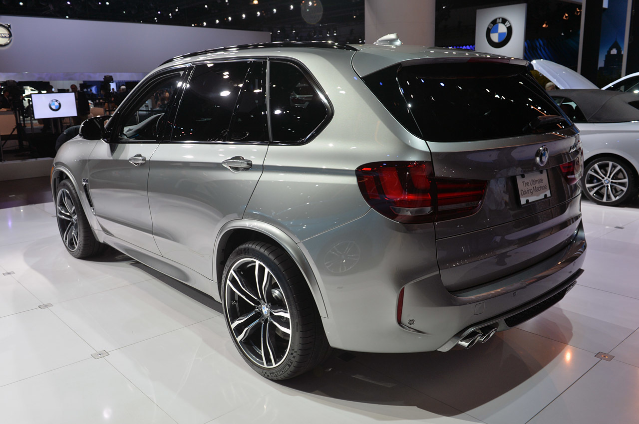 2016 bmw x5 m is big and bold not beautiful autoblog. Black Bedroom Furniture Sets. Home Design Ideas