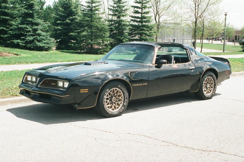1977 pontiac trans am owned by burt reynolds photo gallery autoblog. Black Bedroom Furniture Sets. Home Design Ideas