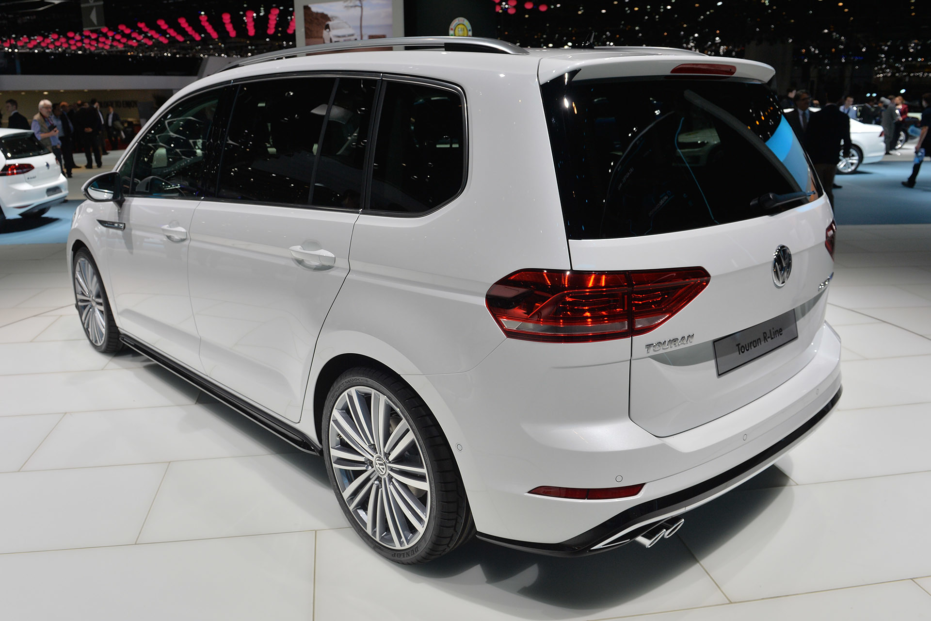 Volkswagen Certified Pre-Owned >> 2015 Volkswagen Touran is the Euro MPV exemplified [w ...