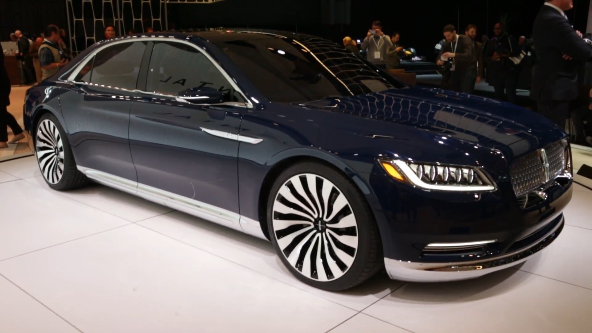 Lincoln Continental Concept New York 2015 Apr 1 2015 Photo Gallery