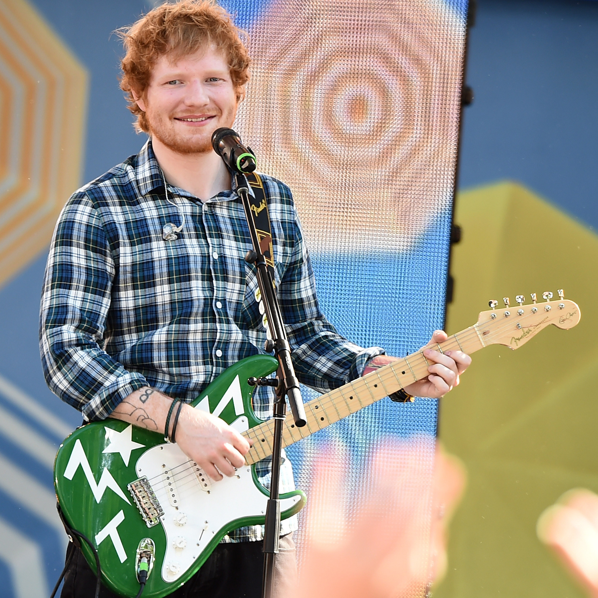 ed sheeran pulls a selena gomez posts cryptic message after winning 39 most important name in. Black Bedroom Furniture Sets. Home Design Ideas
