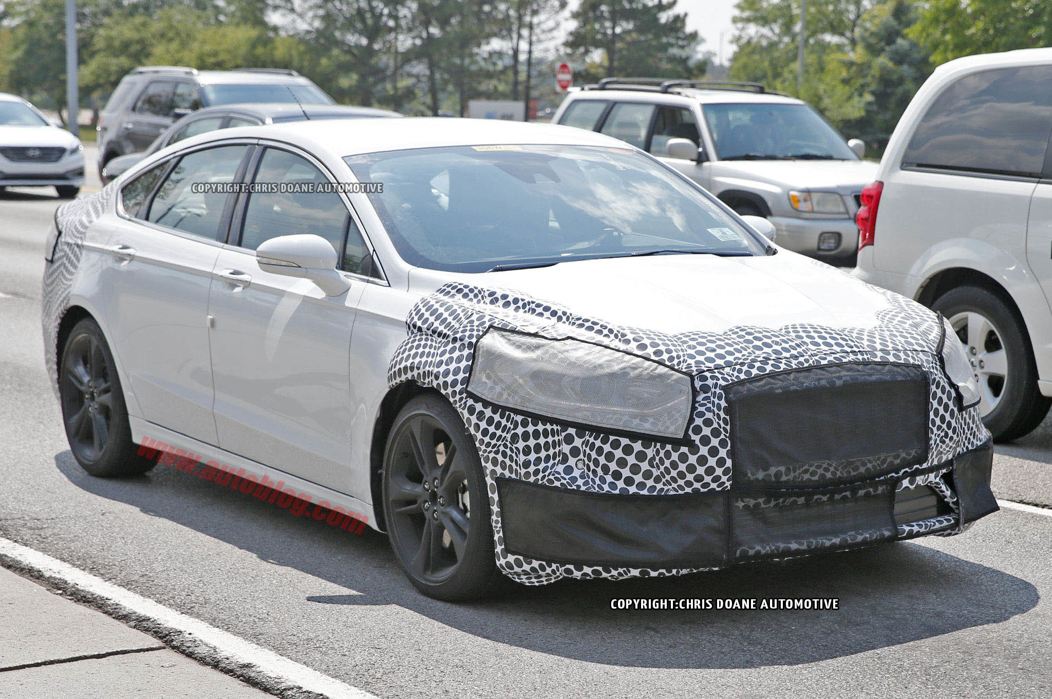 Spy Shots Ford Fusion New Concept