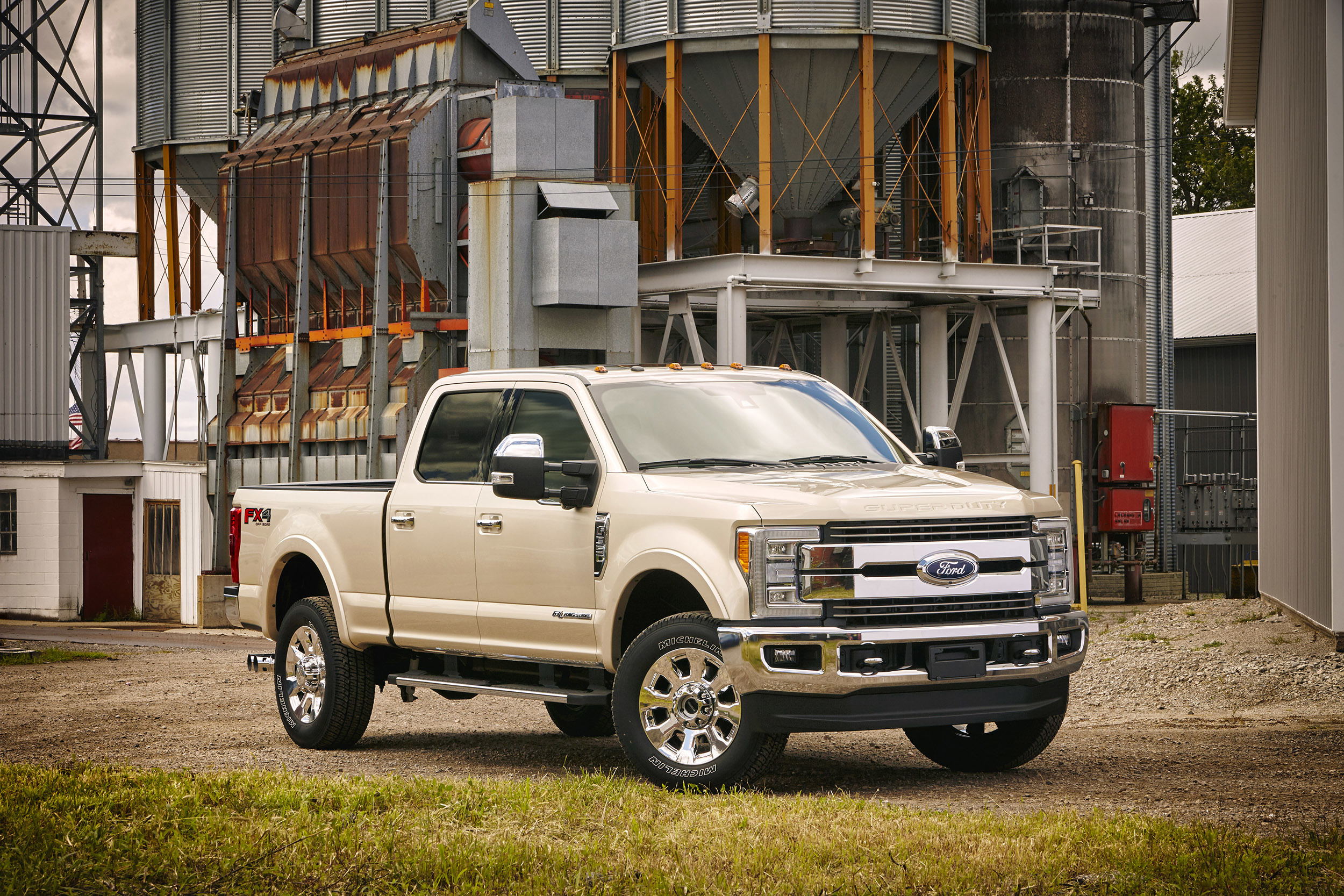 Via Autoblog There S A New Ford F Series Super Duty