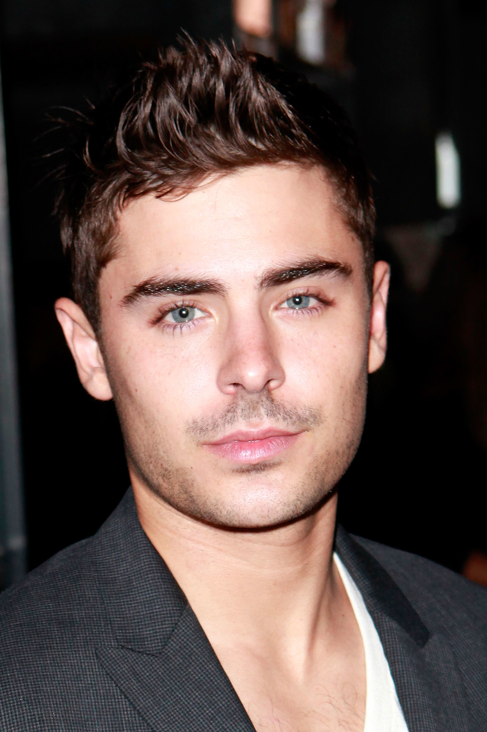 Zac efron new movie are we officially dating cast 10