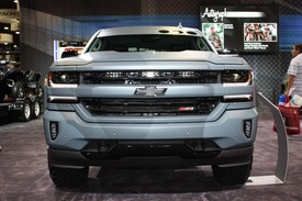 chevy dials up the razzle dazzle for special ops concept autoblog. Black Bedroom Furniture Sets. Home Design Ideas